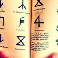 Puisi | Manusia Simbol