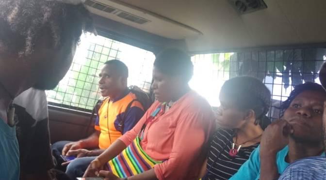 Polisi bubarkan diskusi publik KNPB lalu tahan aktivisnya